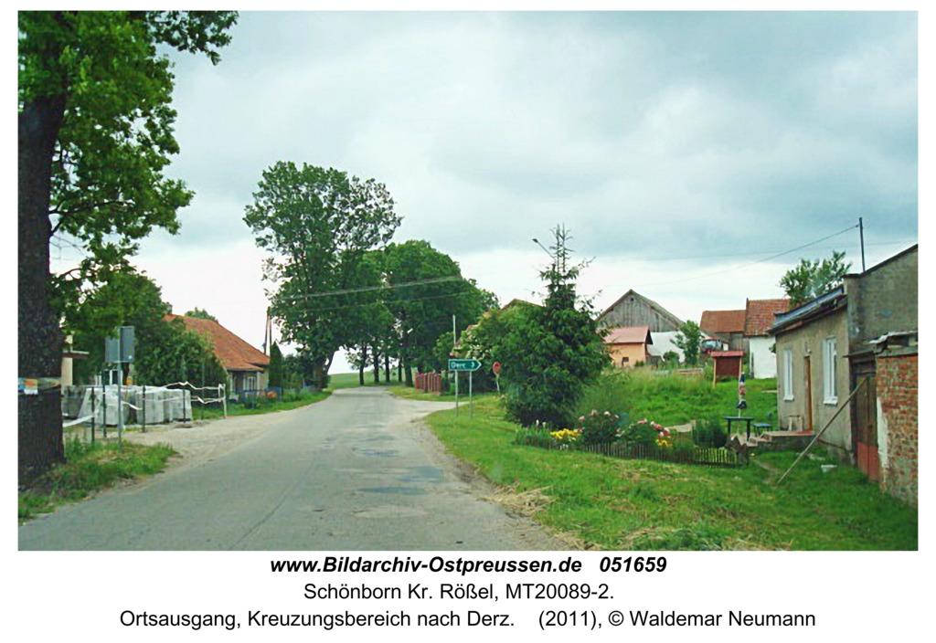 Schönborn (Studnica), Ortsausgang, Kreuzungsbereich nach Derz