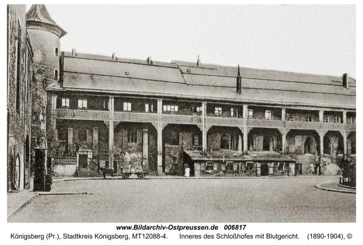 Königsberg, Inneres des Schloßhofes mit Blutgericht