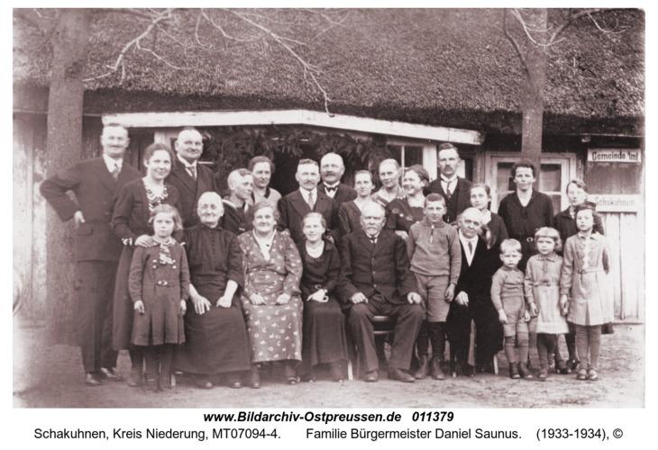 Schakuhnen,  Familie Bürgermeister Daniel Saunus