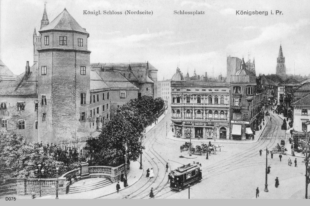 Königsberg, Blick über den Münzplatz in die Schloß - u. Junkerstraße