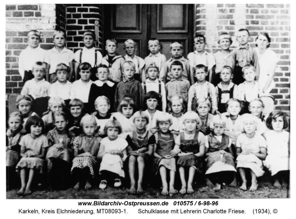Karkeln, Schulklasse mit Lehrerin Charlotte Friese