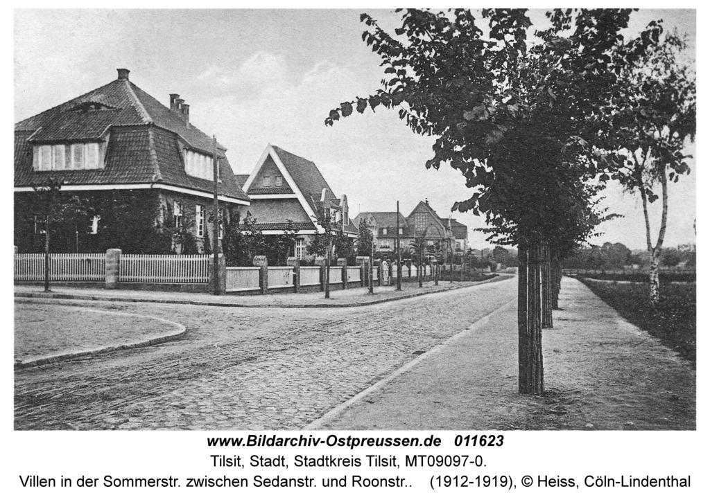 Tilsit, Villen in der Sommerstr. zwischen Sedanstr. und Roonstr.