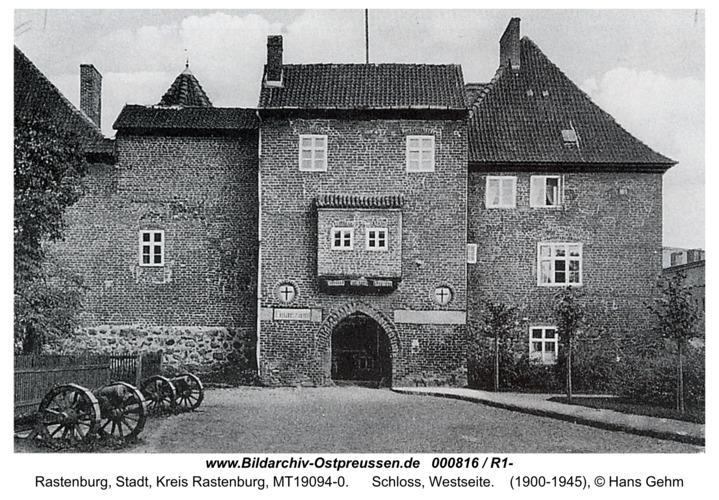 Rastenburg, Schloss, Westseite