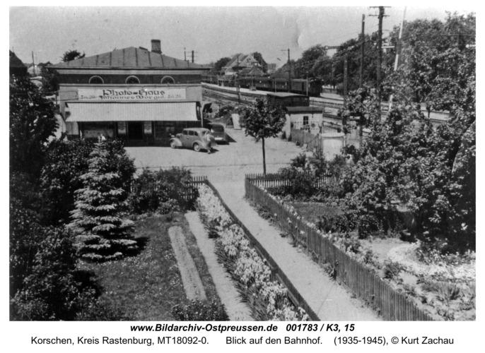 Korschen, Blick auf den Bahnhof