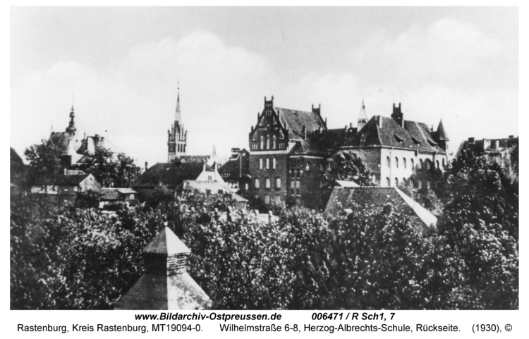 Rastenburg, Wilhelmstraße 6-8, Herzog-Albrechts-Schule, Rückseite
