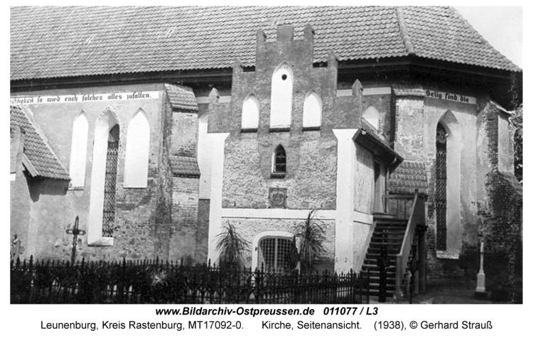 Leunenburg, Kirche, Seitenansicht