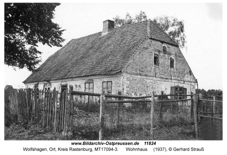 Wolfshagen, Wohnhaus und Schule