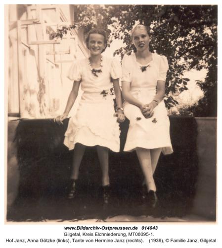 Gilgetal, Hof Janz, Anna Götzke (links), Tante von Hermine Janz (rechts)