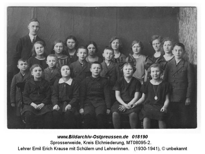 Sprosserweide, Lehrer Emil Erich Krause mit Schülern und Lehrerinnen
