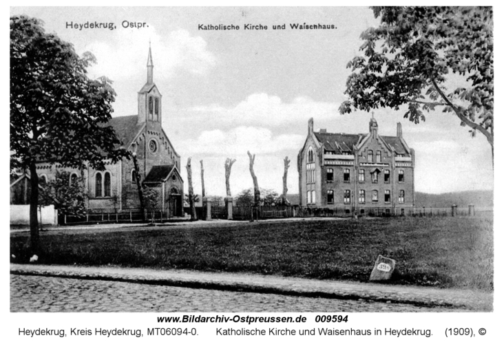 Katholische Kirche und Waisenhaus in Heydekrug