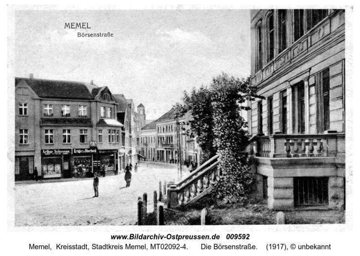 Postkarte. Die Börsenstraße in Memel