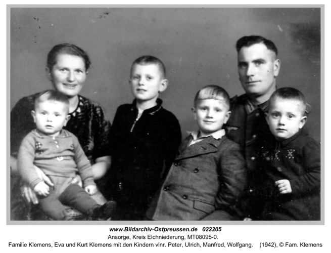 Ansorge, Familie Klemens, Eva und Kurt Klemens mit den Kindern vlnr. Peter, Ulrich, Manfred, Wolfgang