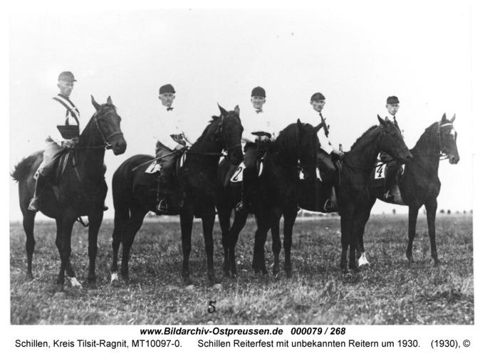 Schillen, Reiterfest mit unbekannten Reitern um 1930