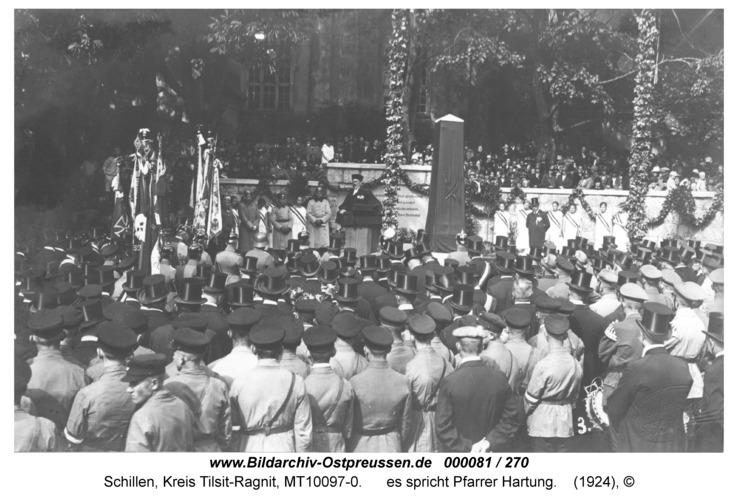 Schillen, Einweihung Kriegerdenkmal 1924, es spricht Pfarrer Hartung