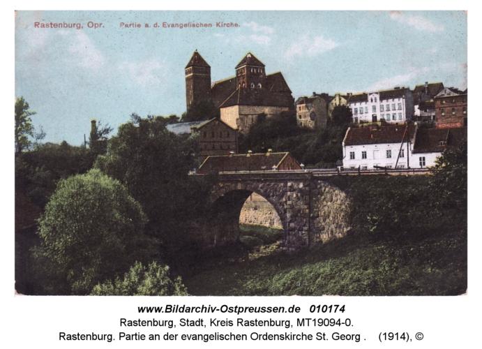 Rastenburg, Partie an der evangelischen Ordenskirche St. Georg