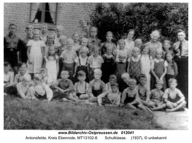 Antonsfelde, Schulklasse 1937