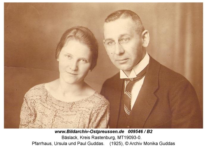 Bäslack, Pfarrhaus, Ursula und Paul Guddas