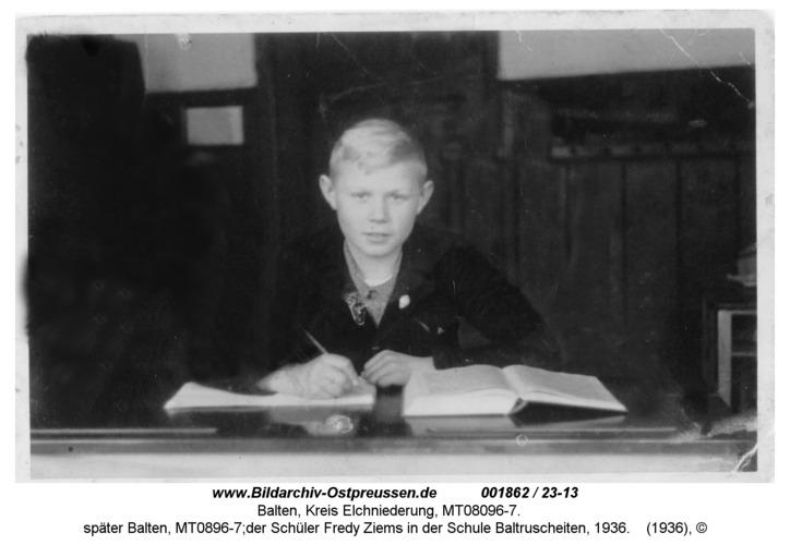Baltruscheiten, später Balten, MT0896-7;der Schüler Fredy Ziems in der Schule Baltruscheiten, 1936