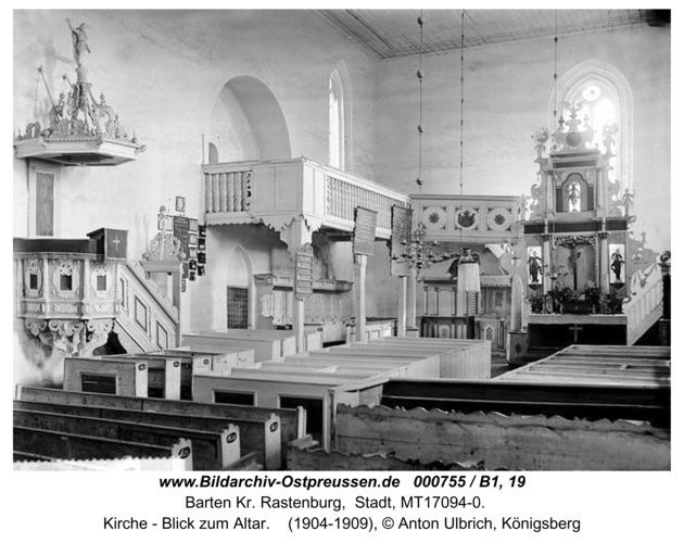 Barten, Kirche - Blick zum Altar