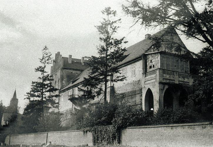 Georgenburg, Die Georgenburg mit Veranda
