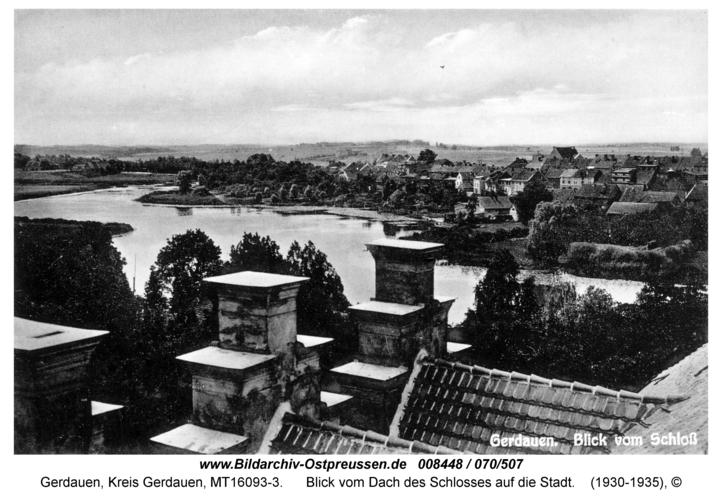 Gerdauen, Blick vom Dach des Schlosses auf die Stadt