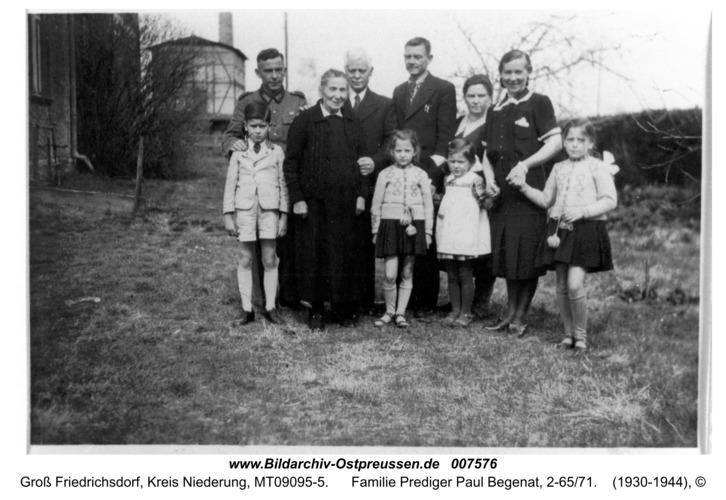 Groß Friedrichsdorf, Familie Prediger Paul Begenat, 2-65/71