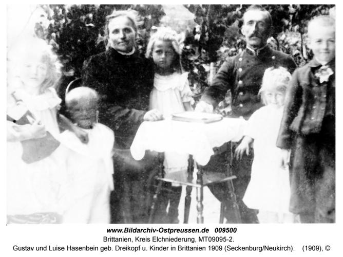 Gustav und Luise Hasenbein geb. Dreikopf u. Kinder in Brittanien 1909 (Seckenburg/Neukirch)