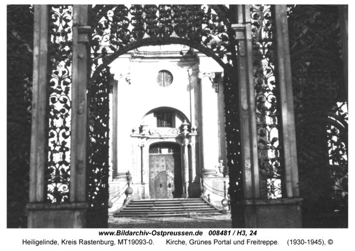 Heiligelinde, Kirche, Grünes Portal und Freitreppe