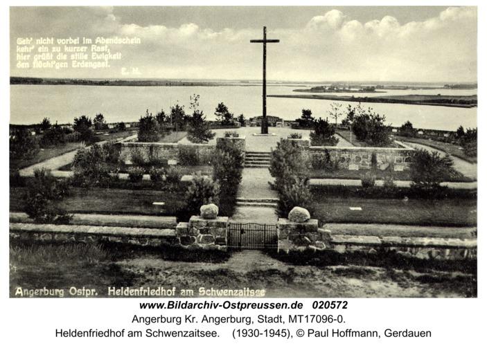 Angerburg Kr. Angerburg, Heldenfriedhof am Schwenzaitsee