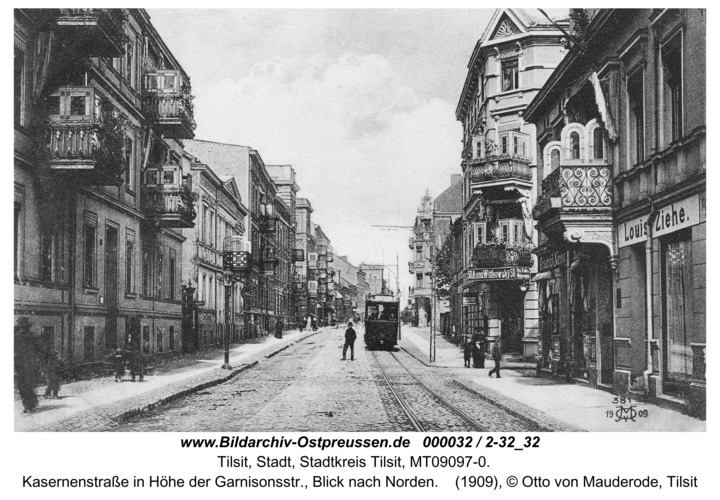 Tilsit, Kasernenstraße in Höhe der Garnisonsstr., Blick nach Norden