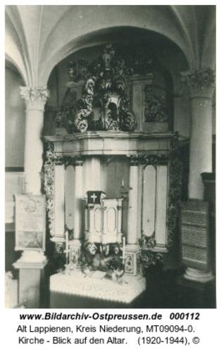 Rauterskirch, Kirche - Blick auf den Altar