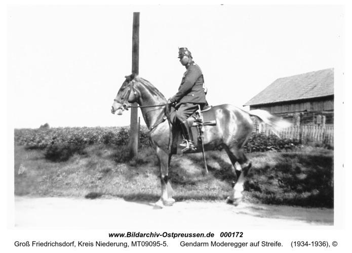 Groß Friedrichsdorf, Gendarm Moderegger auf Streife