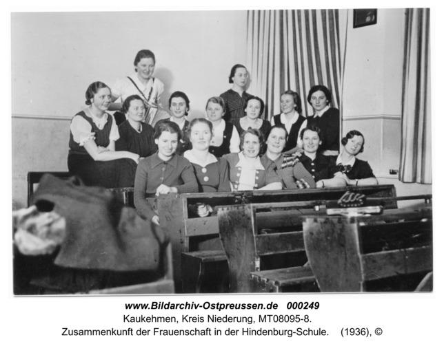 Kuckerneese (Kaukehmen), Zusammenkunft der Frauenschaft in der Hindenburg-Schule