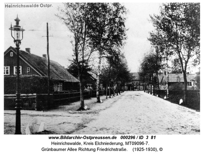 Heinrichswalde, Grünbaumer Allee Richtung Friedrichstraße