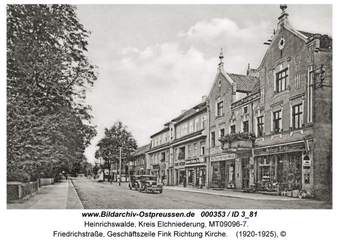 Heinrichswalde, Friedrichstraße, Geschäftszeile Fink Richtung Kirche