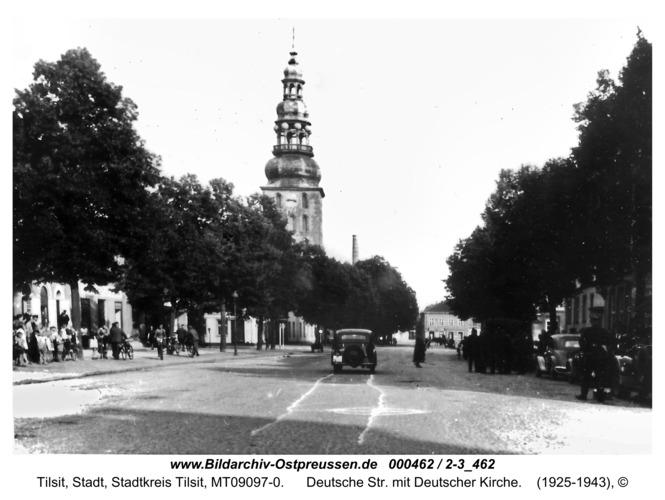 Tilsit, Deutsche Str. mit Deutscher Kirche