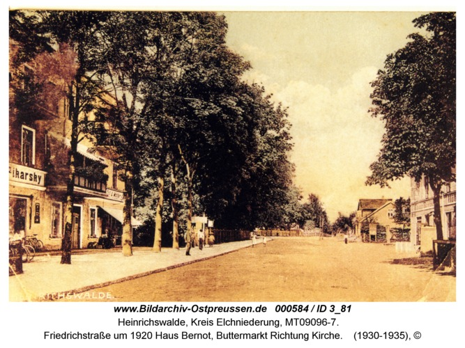 Heinrichswalde, Friedrichstraße um 1920 Haus Bernot, Buttermarkt Richtung Kirche