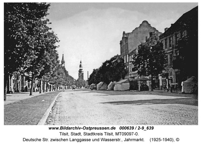 Tilsit, Deutsche Str. zwischen Langgasse und Wasserstr., Jahrmarkt