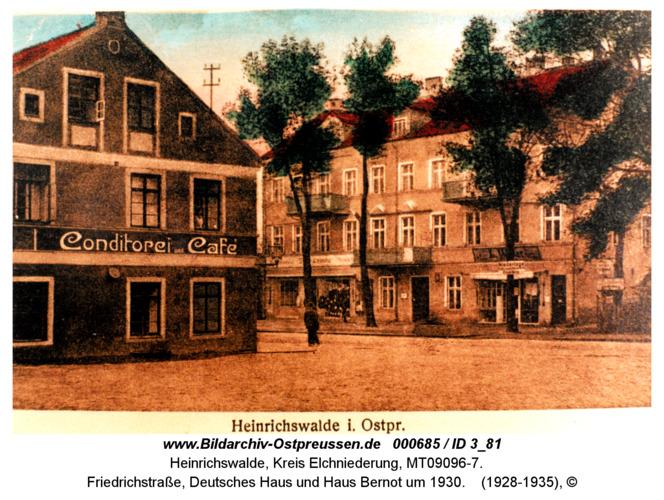 Heinrichswalde, Friedrichstraße, Deutsches Haus und Haus Bernot um 1930