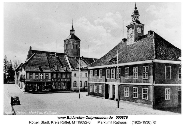 Rößel, Markt mit Rathaus