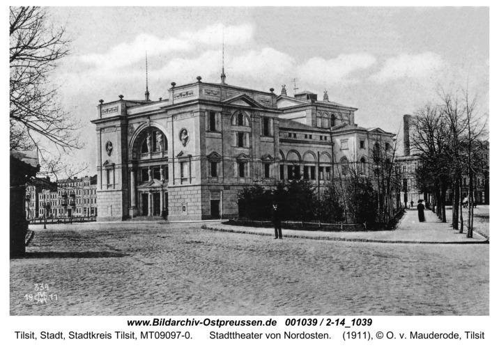 Tilsit, Stadttheater von Nordosten