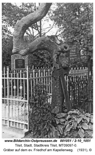 Tilsit, Gräber auf dem ev. Friedhof am Kapellenweg