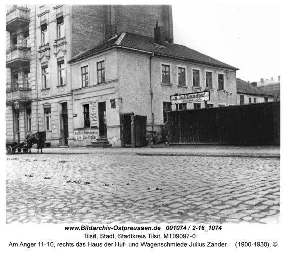 Tilsit, Am Anger 11-10, rechts das Haus der Huf- und Wagenschmiede Julius Zander