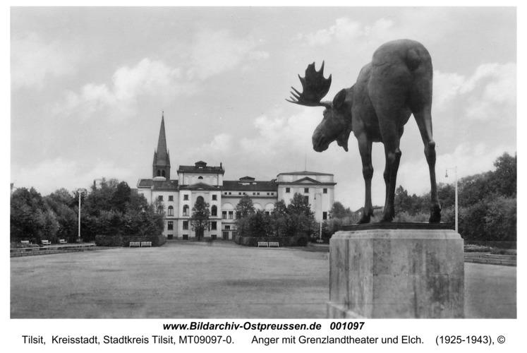 Tilsit, Anger mit Grenzlandtheater und Elch