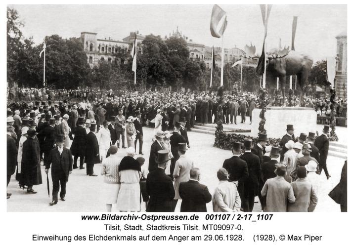 Tilsit, Einweihung des Elchdenkmals auf dem Anger am 29.06.1928