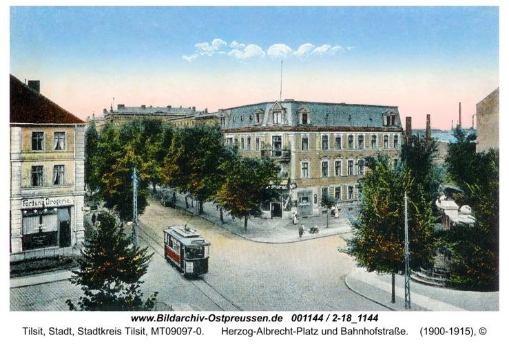 Tilsit, Herzog-Albrecht-Platz und Bahnhofstraße