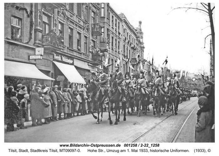 Tilsit, Hohe Str., Umzug am 1. Mai 1933, historische Uniformen