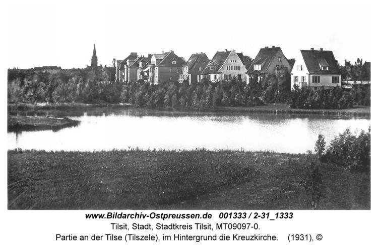 Tilsit, Partie an der Tilse (Tilszele), im Hintergrund die Kreuzkirche