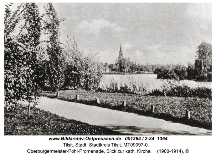 Tilsit, Oberbürgermeister-Pohl-Promenade, Blick zur kath. Kirche
