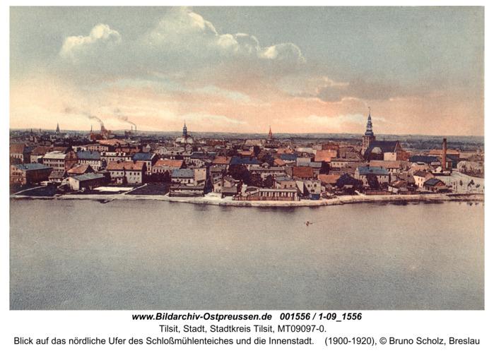 Tilsit, Blick auf das nördliche Ufer des Schloßmühlenteiches und die Innenstadt
